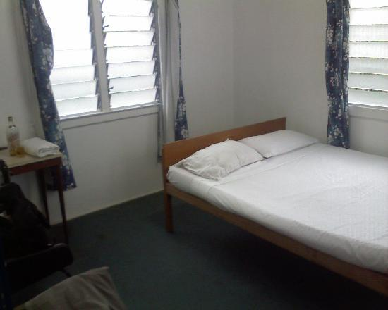 South Seas Private Hotel: and very basic one bedroom