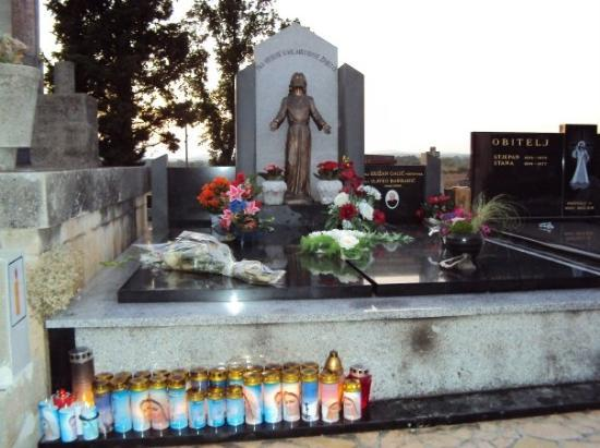 Medjugorje, Bosnia-Hercegovina: This is Father Slavko's Tomb.   He is in Heaven our lady said  the day after he died on Appariti
