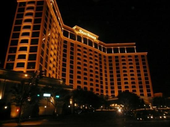 Best casino hotels in biloxi ms