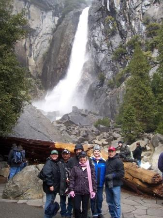 Andie, Miguel, Gregg, Andie, Jeff and Wendy in front 