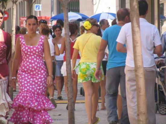 la feria milf women Key west festival called fantasy fest swingers naked  key west festival called fantasy fest swingers naked partying in the  british milf gets gangbanged.