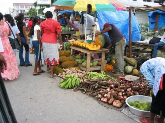 Skeldon, Guyana: Market