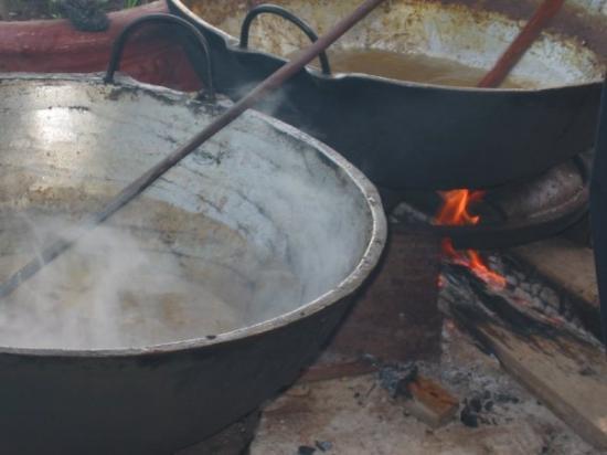 Skeldon, Guyana: The community cooking pot