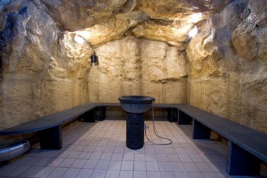 Massaggi shiatsu ayurveda svedese californiano hot stone ecc foto di ulysse wellness - Bagno di vapore ...