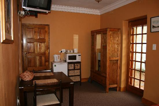 Woodlands Guest House: Room