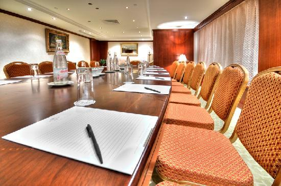 Excelsior Grand Hotel: Grand Hotel Excelsior Malta  - meeting rooms