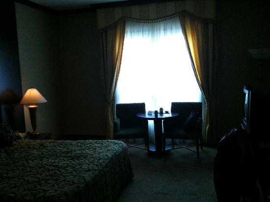 Hilton Beirut Metropolitan Palace: Room