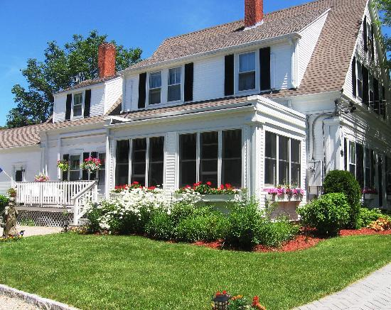 Long Dell Inn, Centerville, Cape Cod - Picture of Long Dell