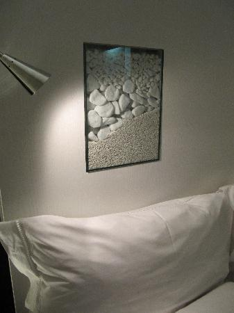 Hotel Unique: Detail of bedroom decoration