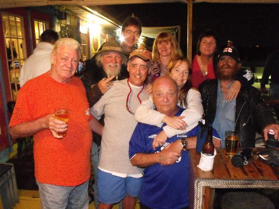 Bayfront Cottage Inn & Boatel: The crazy gang and friends