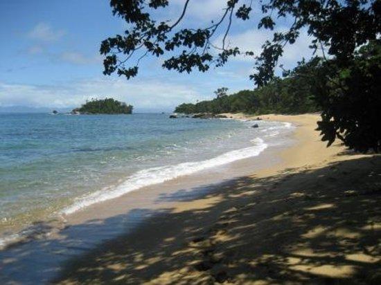 Rainforests of the Atsinanana : Tampolo Marine Park, Western coast of the Masoala peninsula