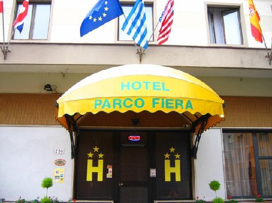 Parco Fiera: Entrance