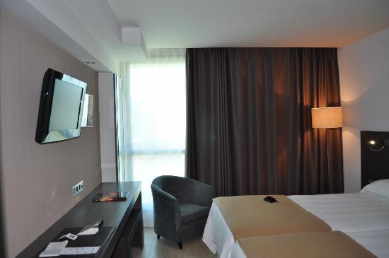 NH Gijón: Room 214