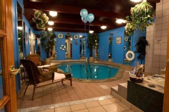 "Inn of the Dove - Bensalem: Dove Suite ""Pool"""