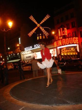 Moulin Rouge: air hole of the metro subway Paris