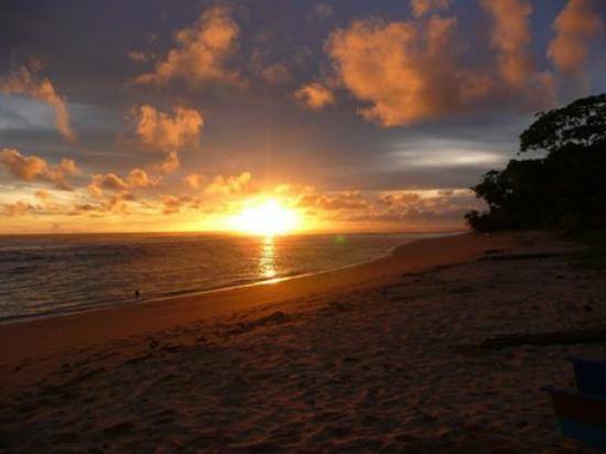 Blitar, Indonesia: - Ngliyep beach -