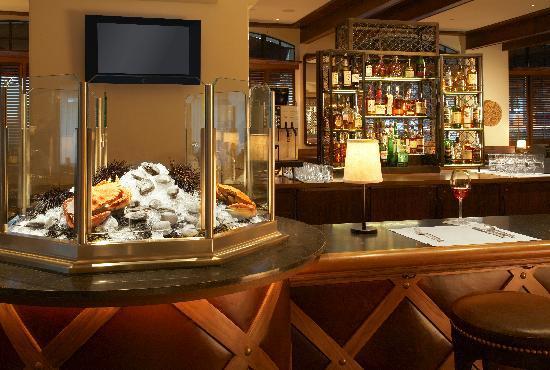 Canary, a Kimpton Hotel: Coast Restaurant & Bar