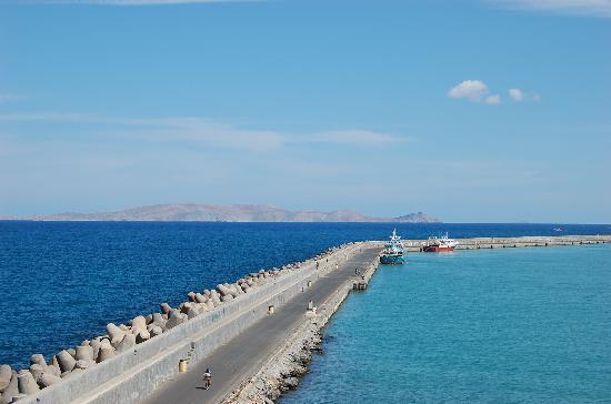 Βενετσιάνικο Κάστρο Κούλες: Aegean Sea and Heraklion Harbor