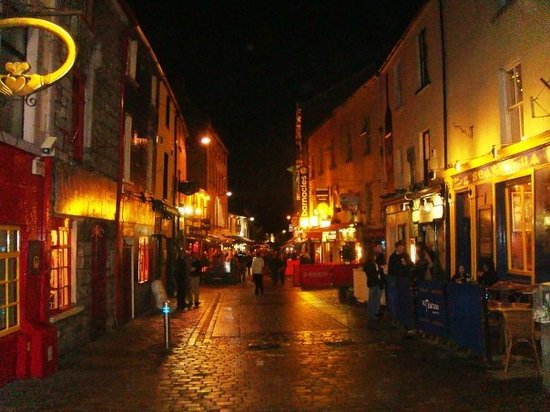 In the heart of the Latin Quarter, Galway | The Kings Head