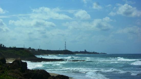 Arecibo, Puerto Rico: Really nice beach we found