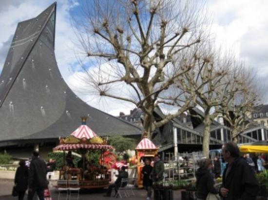 Place du Vieux-Marche ภาพ
