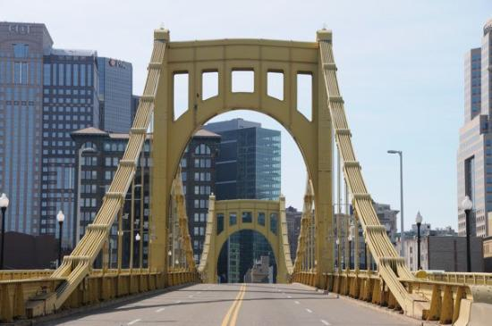 Roberto Clemente Bridge (Sixth Street Bridge): Roberto Clemente Bridge
