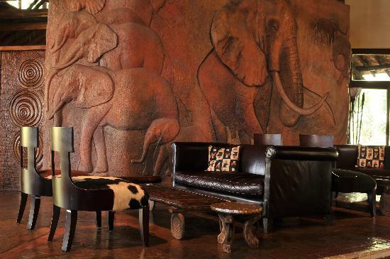 Ol Tukai Lodge: Lounge