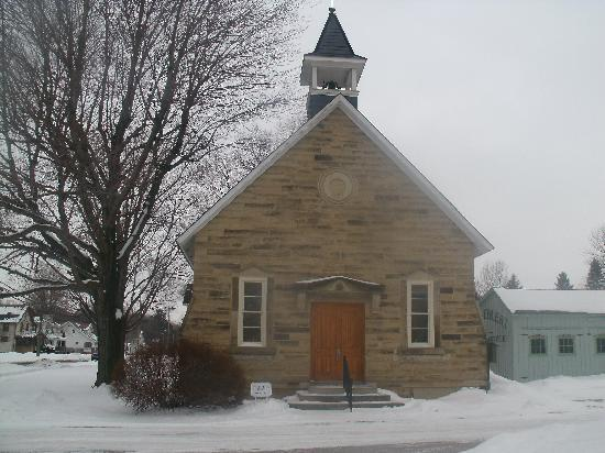 5 Corners Bed & Breakfast: the church in whcich we were married