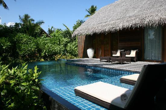 bed room beach villa 1 picture of shangri la 39 s