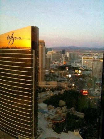 Sunrise On The Strip From Encore Panoramic View Room 59th