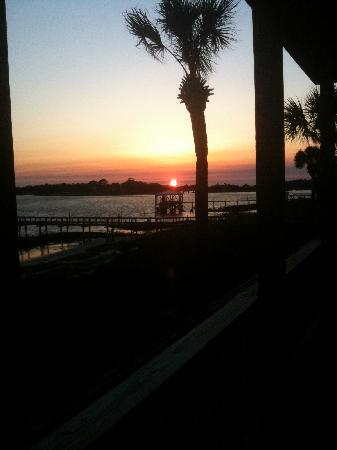 Seahorse Landing: Beautiful Sunsets