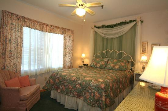Northwood Inn: Lotus Blossom Suite