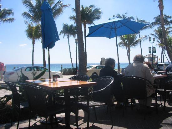Wyndham Deerfield Beach Resort Breakfast View