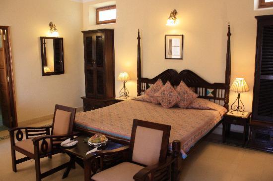 Ratan Vilas: lovely room