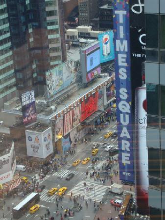 Crowne Plaza Times Square Manhattan: Aussicht eine Seite