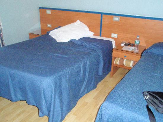 San Pietro Rooms: Beds