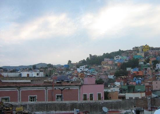 Casa Mexicana: Morning view from hostel roof