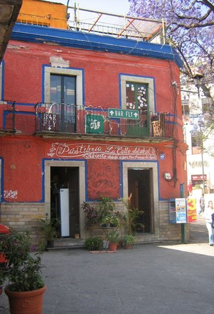Casa Mexicana: Coffeehouse and bar next door