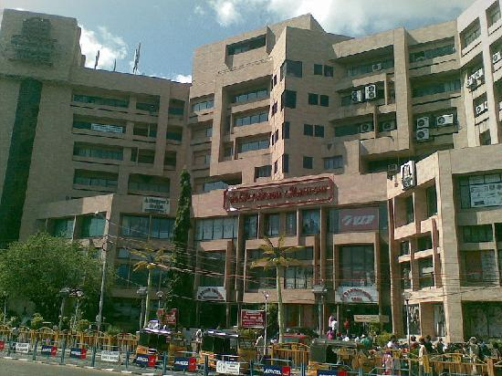 Spencer Plaza: View from anna salai