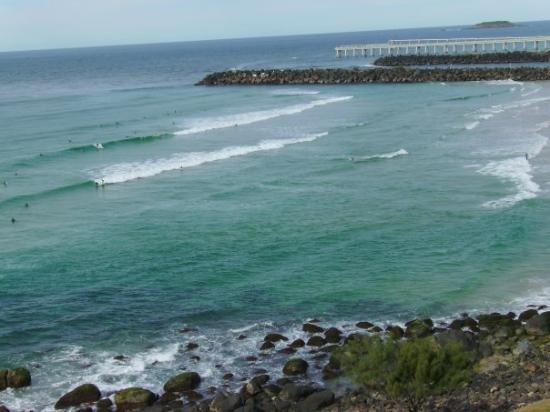 Kirra Beach: While it's hot in Brisbane, it' Cool in Gatta