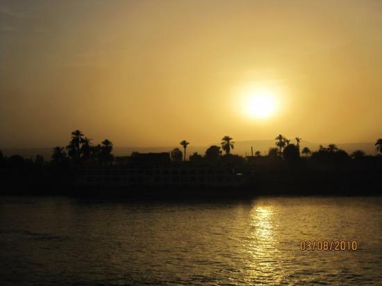 Philae, Egypt: NILE SUNSET