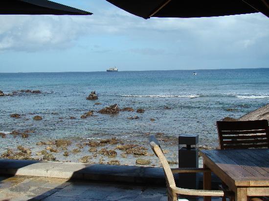 Recif Attitude: vu de la mer depuis le resto