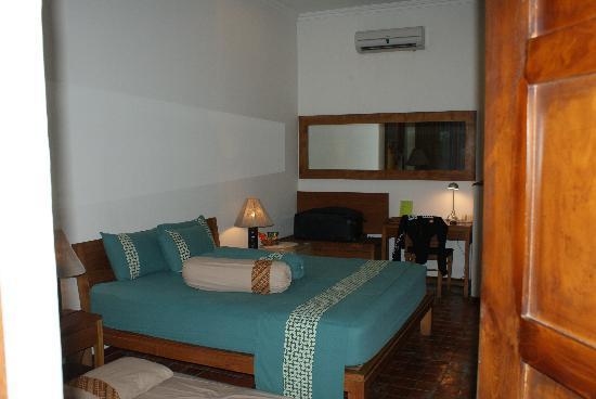 Rumah Mertua Boutique Hotel & Garden Restaurant & Spa: Look from the door