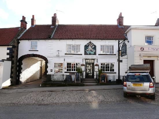 George & Dragon Hotel: George & Dragon - a traditional English pub