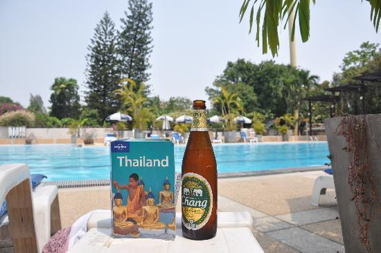 Eco Resort Chiang Mai: Hanging out by the pool