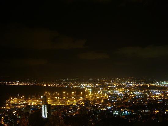 Dan Carmel Haifa: night view from the room