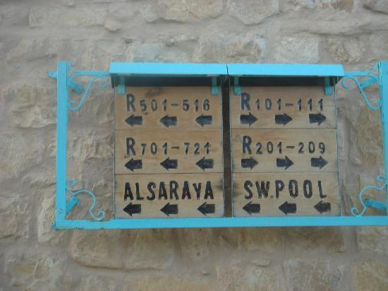 Taybet Zaman Hotel and Resort : More signs