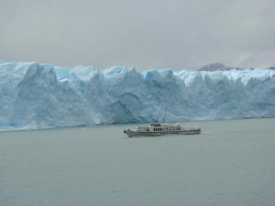 Los Glaciares National Park, Argentina: Magnifico Perito Moreno