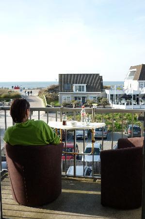Hotel Noordzee: Vue terrasse (2ème étage)