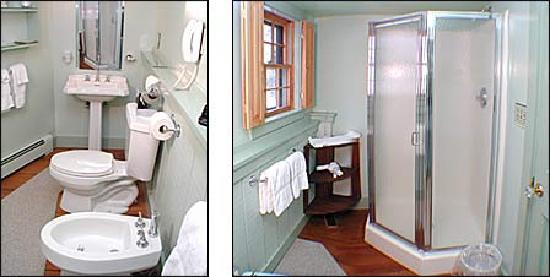 The Inn at Bath: Bathroom 1